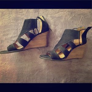 Lucky Brand: Cork & Black Wedges